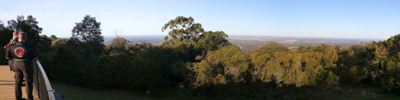 Kurrajong Lookout panorama over Wollemi NP
